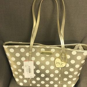 Betsey Johnson (Hocus Polkas)
